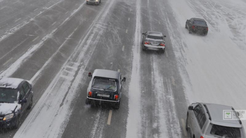 Трассу республиканского значения перекрыли в Алматинской области