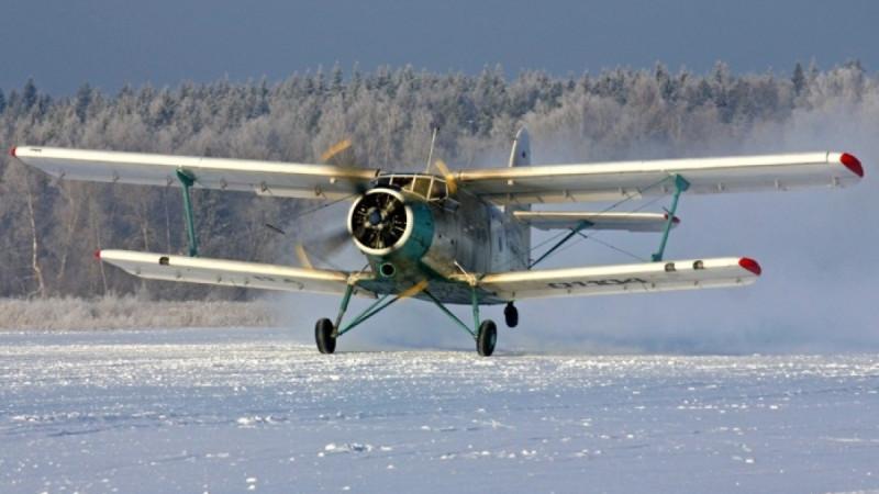 Самолет Ан-2 совершил вынужденную посадку в Алматинской области