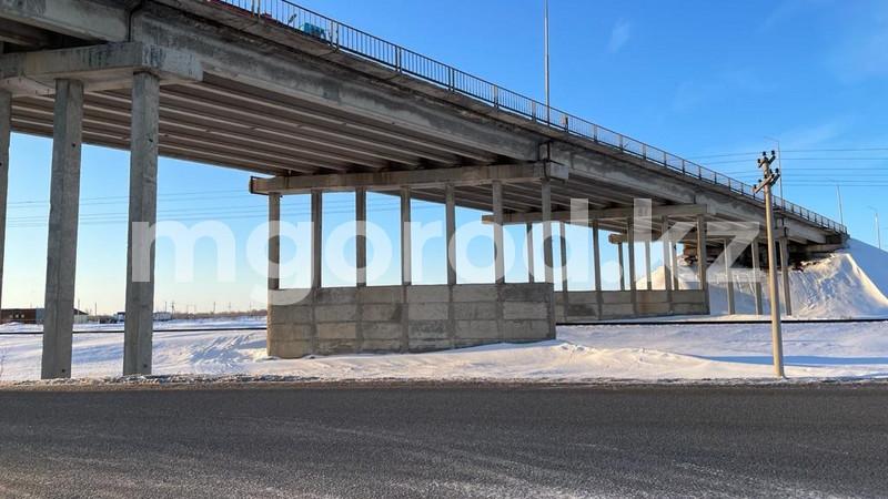 Подросток спрыгнул с моста и разбился насмерть в Уральске