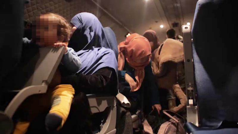 """""""Насиловали детей, продавали женщин"""": казахстанка рассказала о семи годах, проведенных в Сирии"""