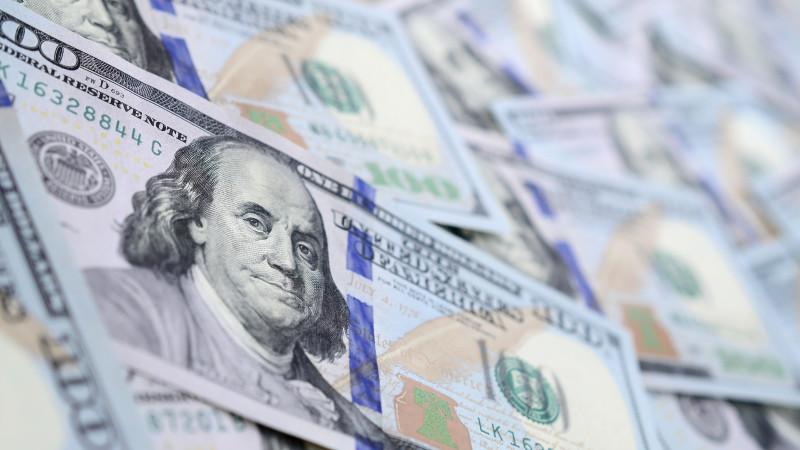 Курс доллара вырос в Казахстане