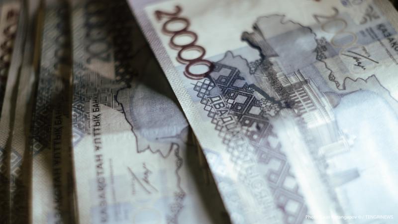 Средние зарплаты бюджетников и госслужащих назвал А.Мамин