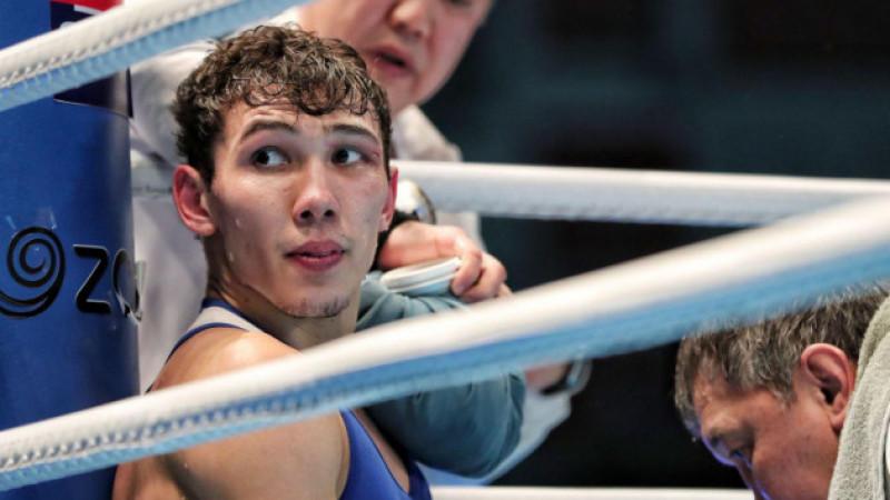 Казахстанский боксер стартовал с победы на Олимпиаде-2020