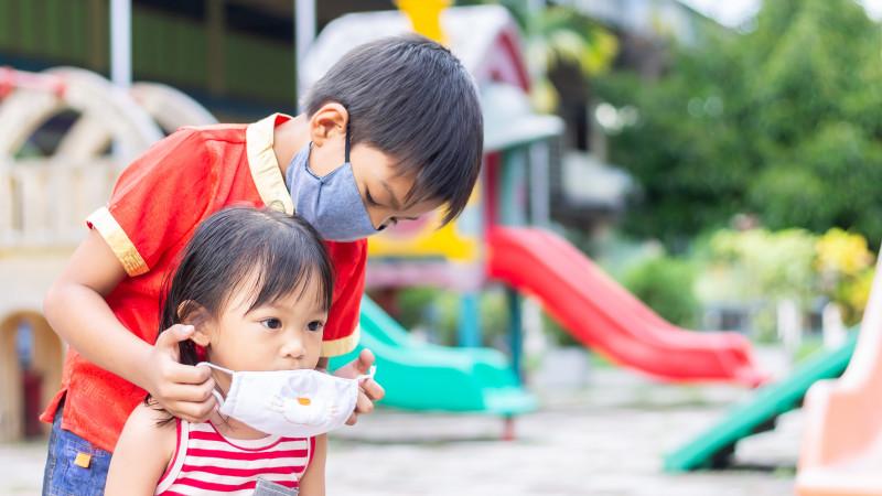 Дети стали чаще заражаться коронавирусом – врач-инфекционист