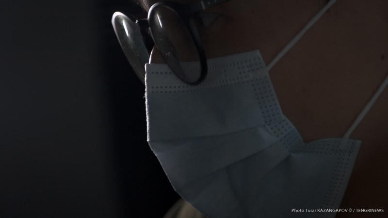 97 казахстанцев скончались от коронавируса и пневмонии за сутки