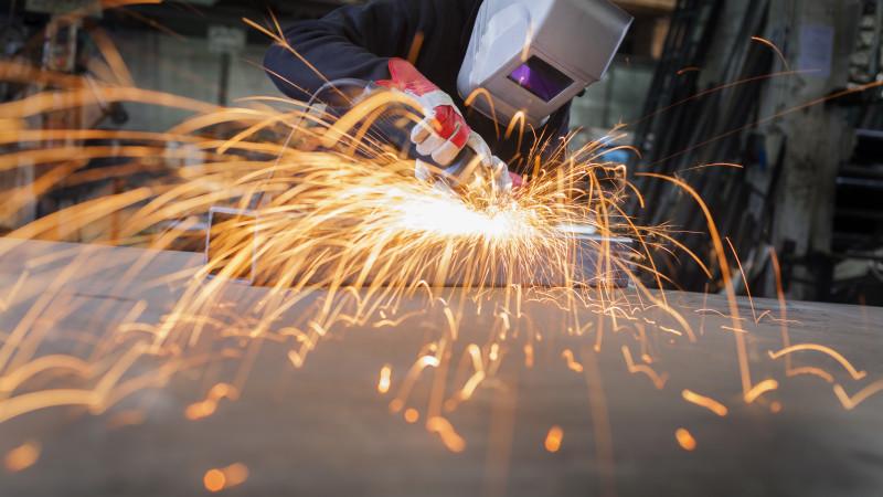 Более 15 тысяч иностранцев работают в Казахстане