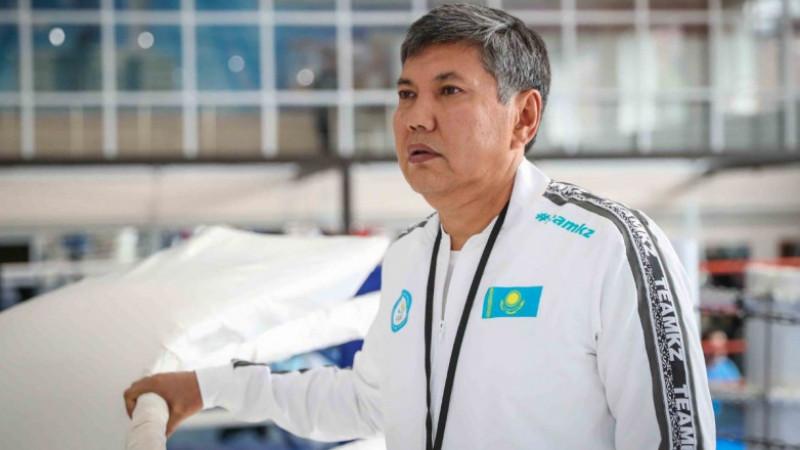 Тренер сборной Казахстана по боксу не смог ответить на вопрос об отставке