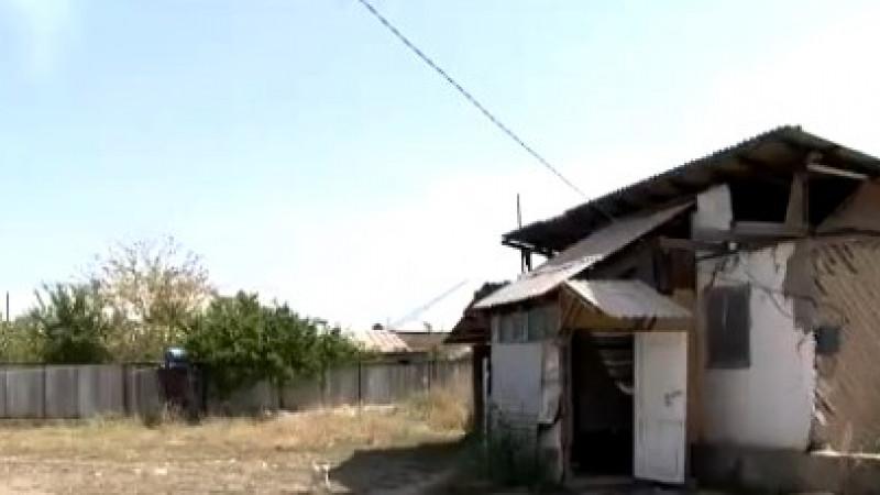 Малолетняя жертва изнасилования вынуждена жить в ужасных условиях в Алматы