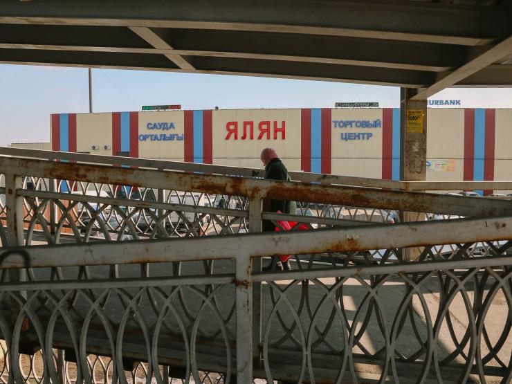 Рынки на алматинской барахолке закрыли